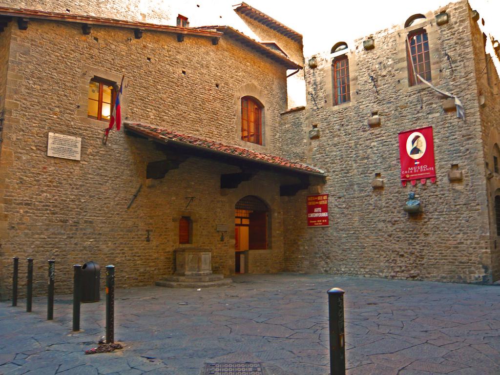 Floren a it lia dicas de viagem como chegar onde for Casa della piastrella firenze