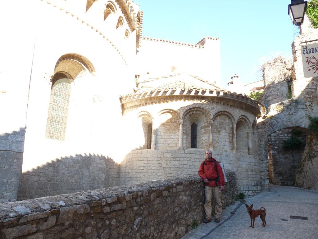 サン=ギエム=ル=デゼールの村  ジェロン修道院 abbaye de Gellone Saint-Guilhem-le-Désert サン・ギエムの道
