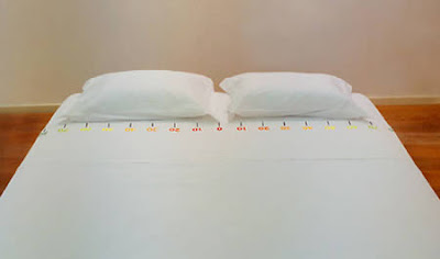 RULED+COUPLE+BED.jpg (400×236)