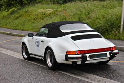 Un Speedster blanc de 1989