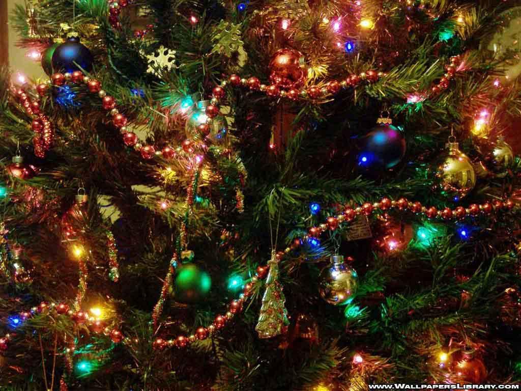 christmas tree desktop background