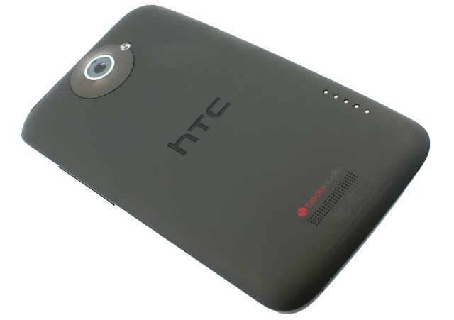 HTC ONE M7 Google Android Mobile Phone Images and Features Photos 2