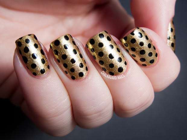 party perfect black and gold nail