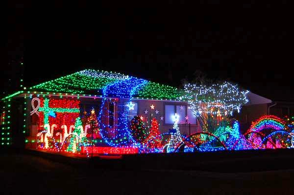 A few of the spectacular christmas lights around nanaimo
