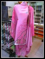 Shopping Batik