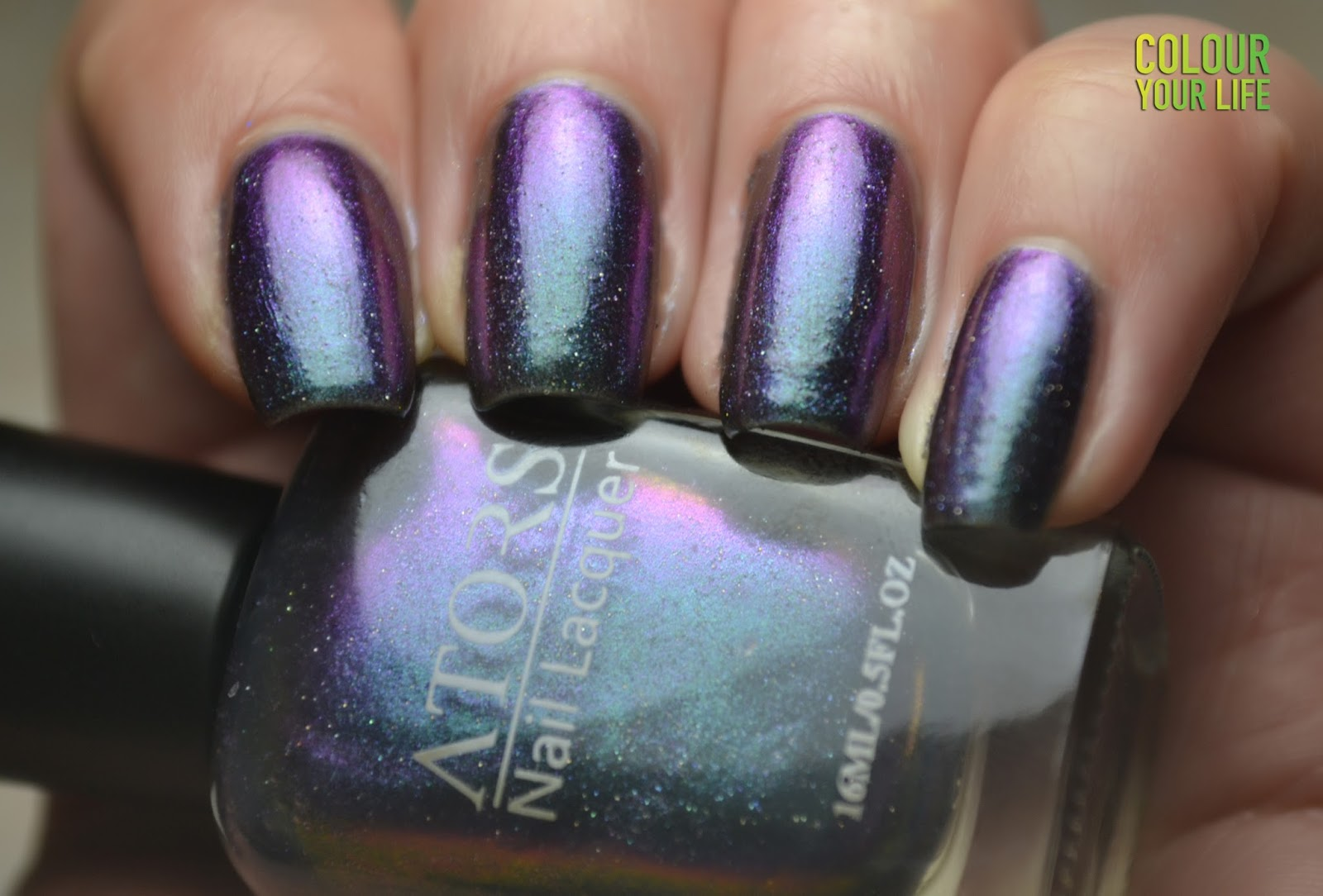 Colour your life: Multichrome nail polish review