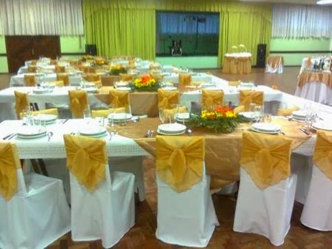 Festa de homenagem das bodas de ouro - como organizar e enfeitar a mesa do jantar