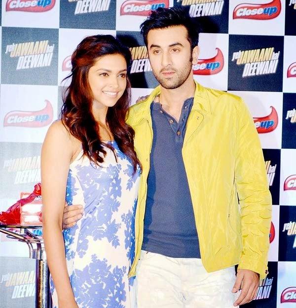 Ranbir Kapoor – Deepika Padukone Hot Gallery