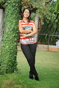 Ester Noronha photos bheemavaram bullodu press meet-thumbnail-9