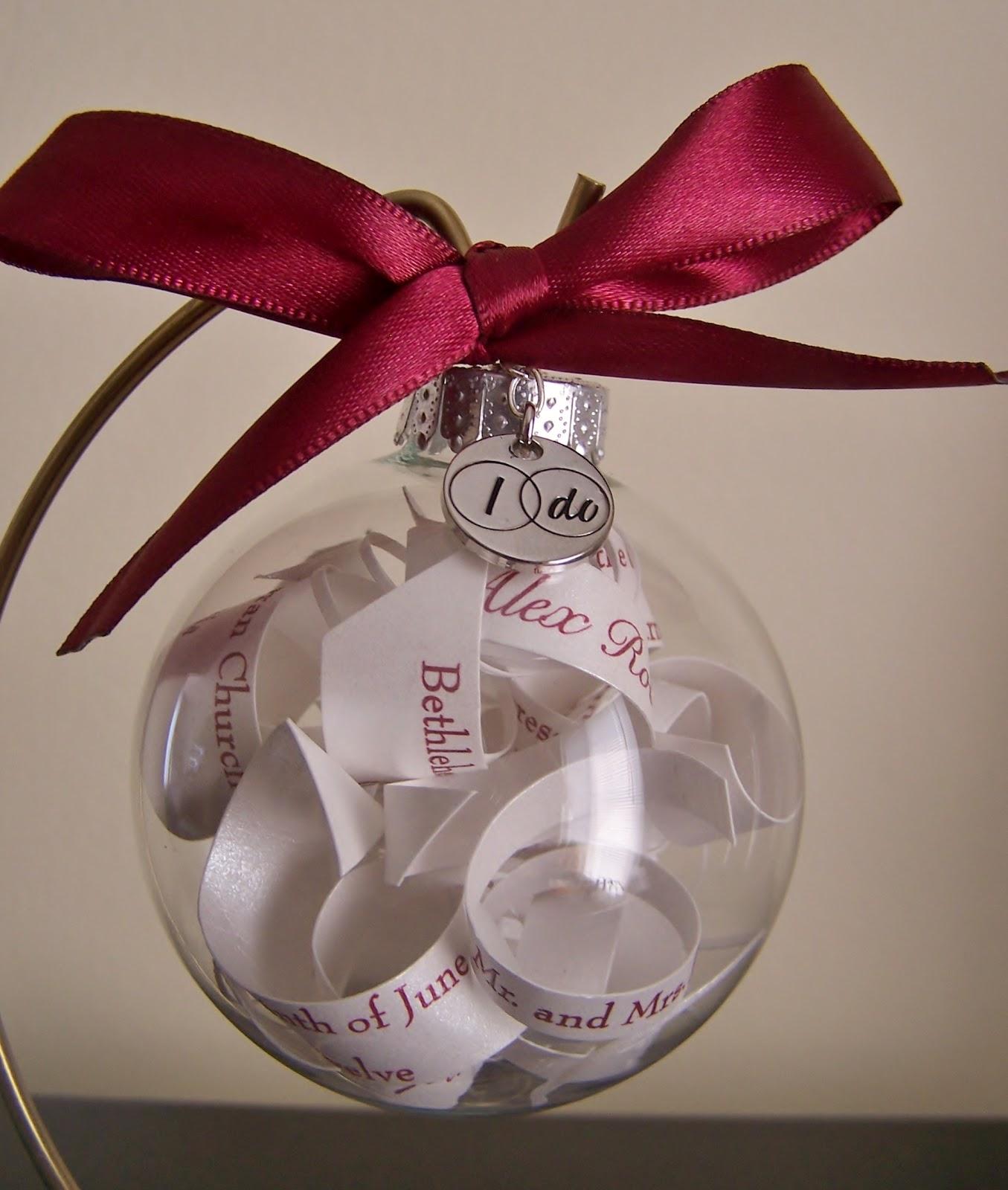 repurpose relove: Pinterest Projects: Wedding Invitation Ornament