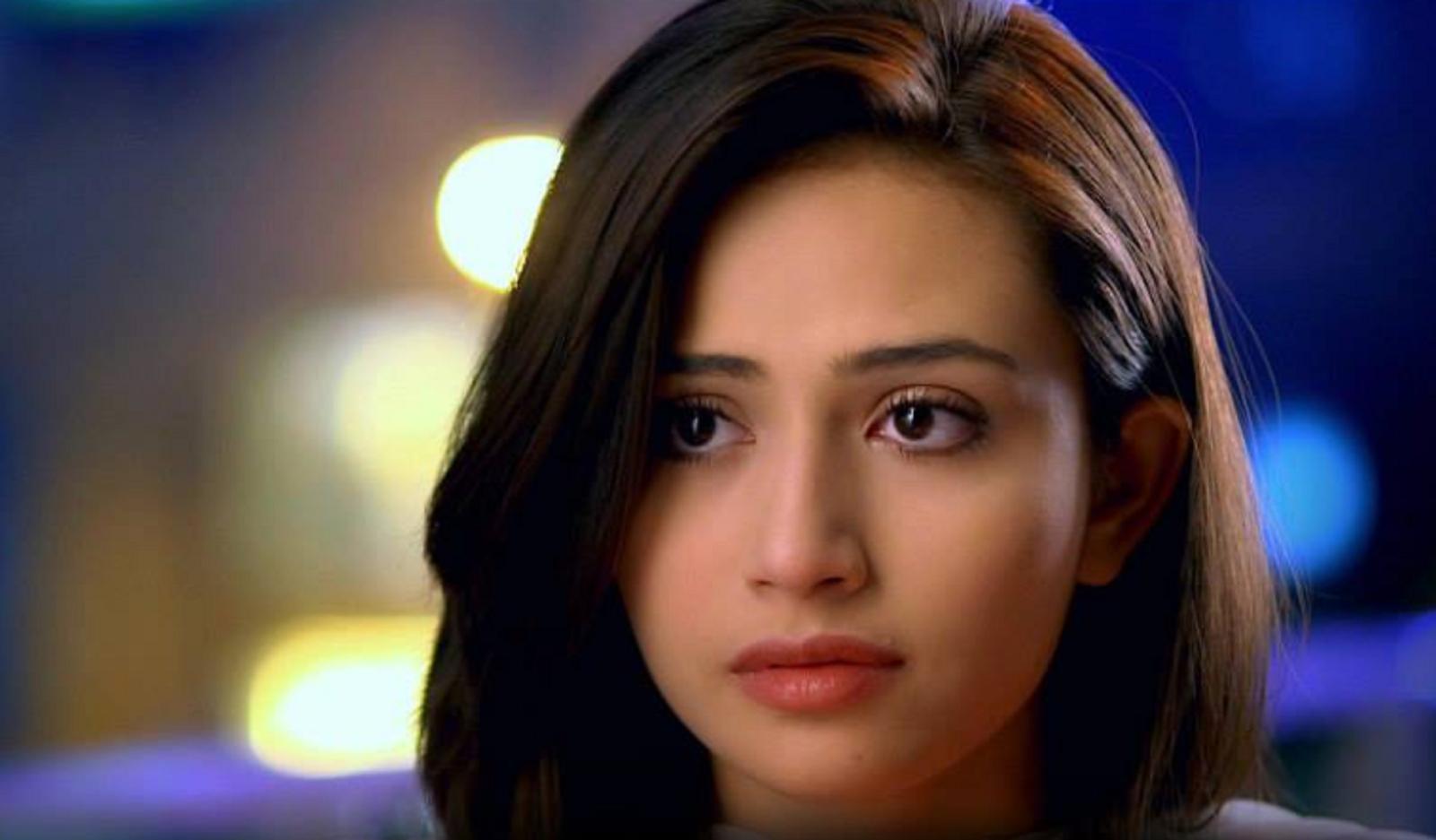 Sana Javed Hot Quotes