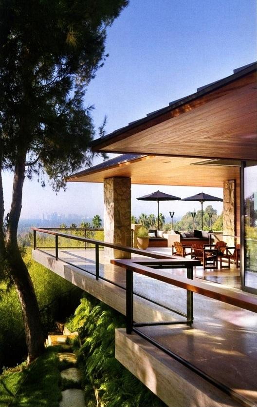 Parkdale ave celebrity homes jennifer aniston for Architectural digest home plans