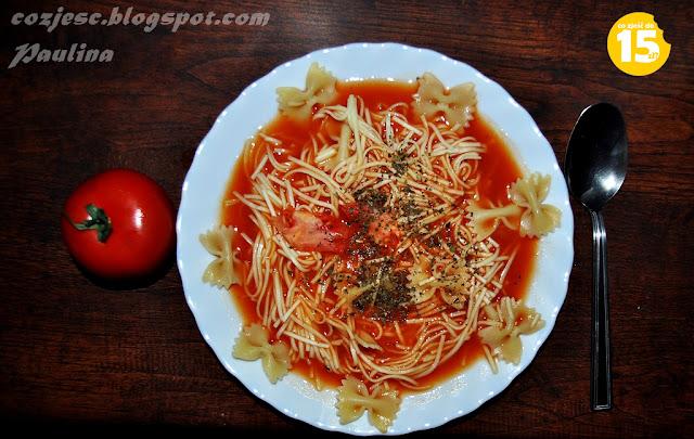 Zupa pomidorowa z pomidorów, domowa pomidorowa, polska pomidorowa, zupa pomidorowa z makaronem