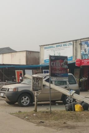 Chaii !!!! See what an electrical pole in Port Harcourt did An expensive SUV CAR [ photos ]
