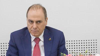 Silvan Shalom  abandona a política após escândalo