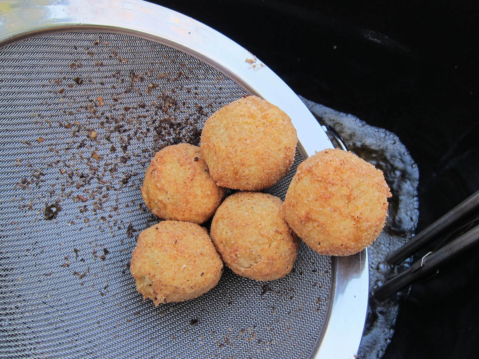 fried+rice+balls.JPG