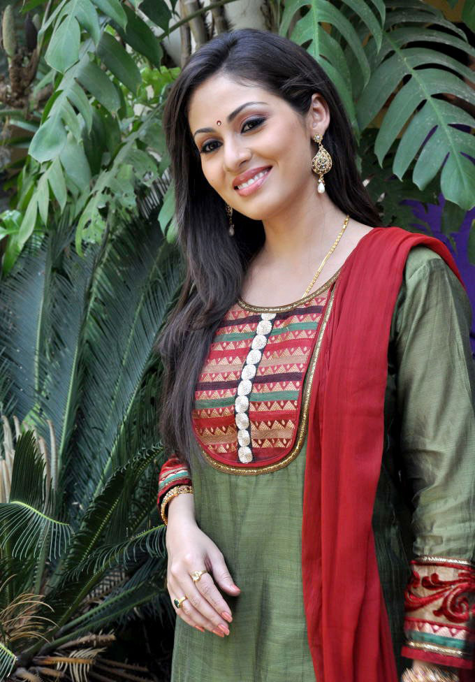 Image Search Sada Actress Fake Pictures