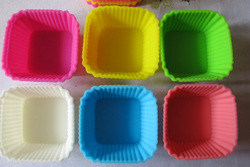 SQUARE SILICONE CUPCAKE MOLD