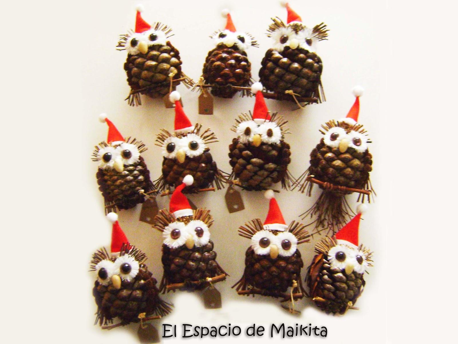 El espacio de maikita buhos decorativos con pi as - Adornos navidad con pinas ...