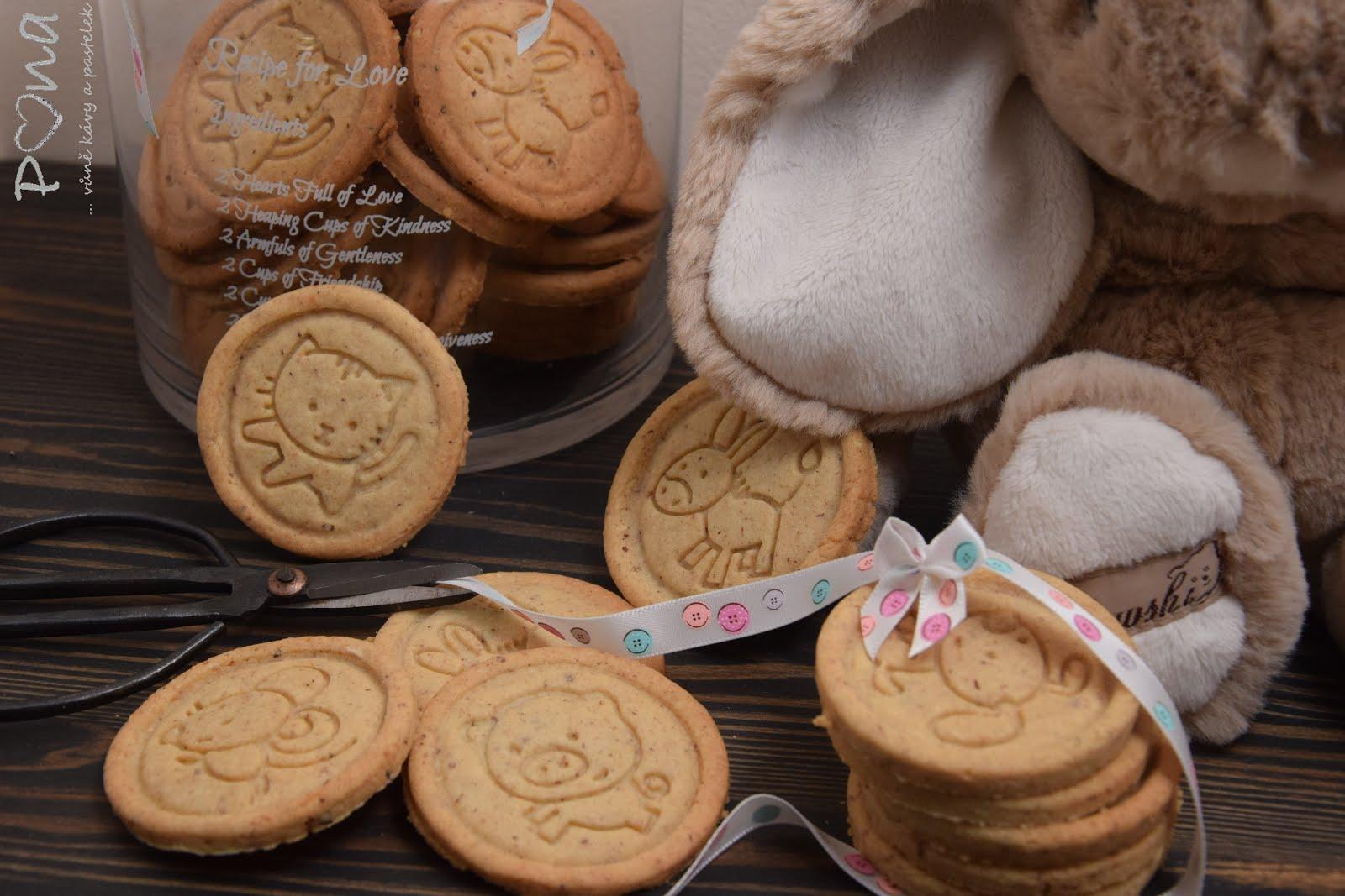 Máslové oříškové sušenky