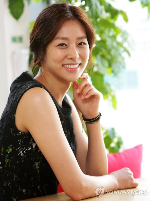 PROFILE BIOGRAPHY JANG SHIN YOUNG 장신영 KOREAN ACTRESS | HER TV SERIES, FILMOGRAPHY, WALLPAPER PHOTO GALLERY UPDATES