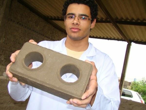 Projeto desenvolvido em Campina Grande promove fabricação de tijolos ecológicos para construção civil