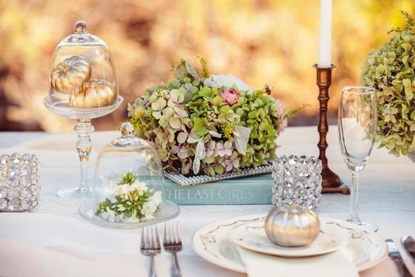 decorar mesa nupcial con hortensias