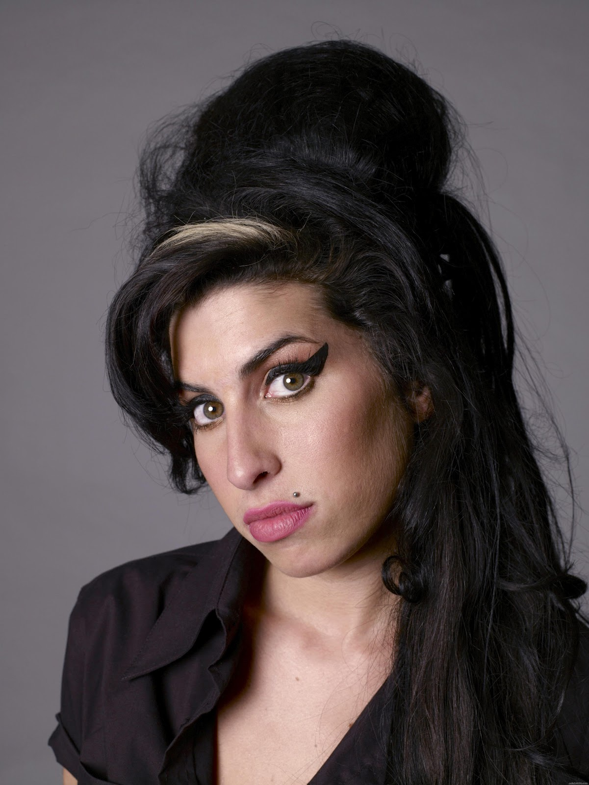 BRITISH ACTRESSES: Amy... Amy Winehouse