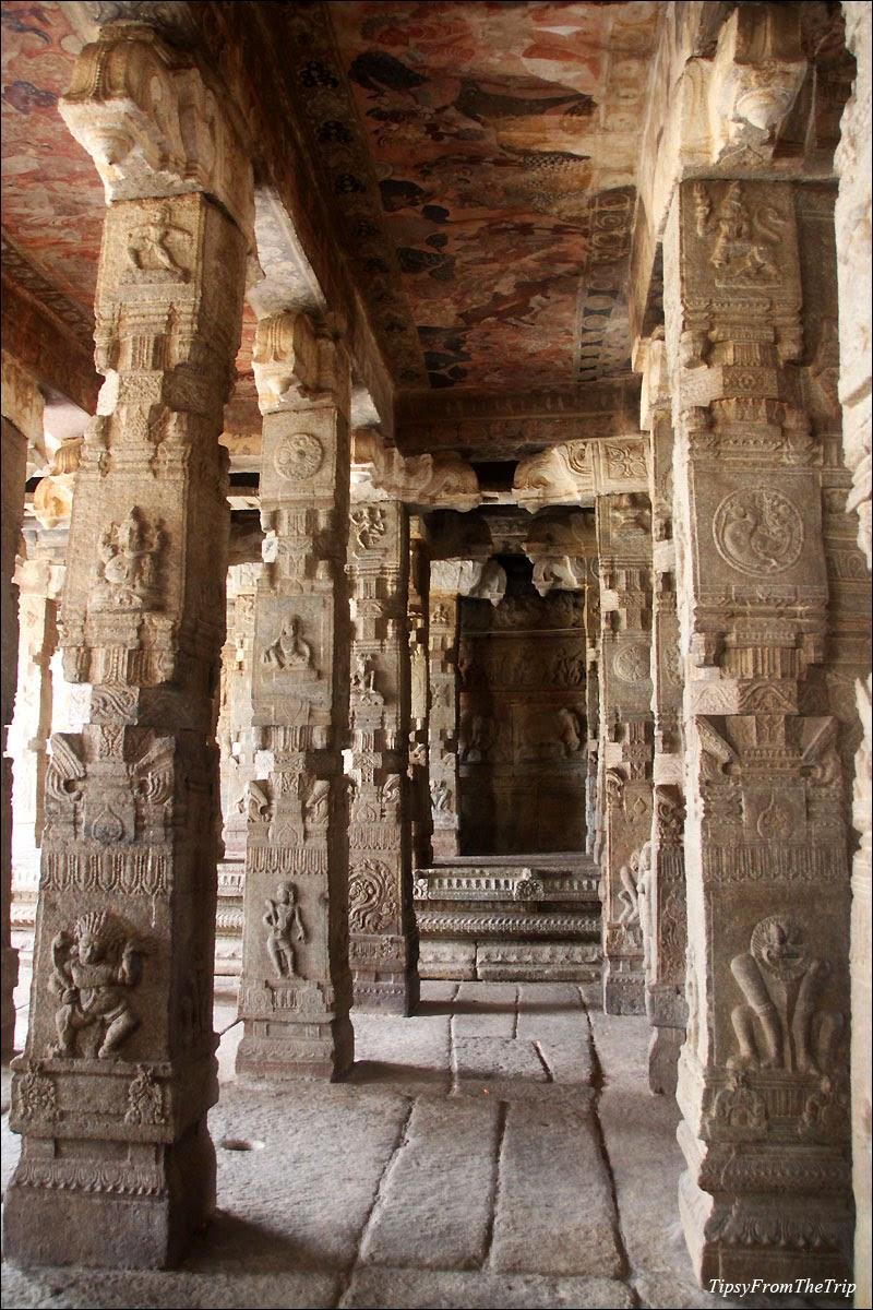 Pillars and murals, Lepakshi