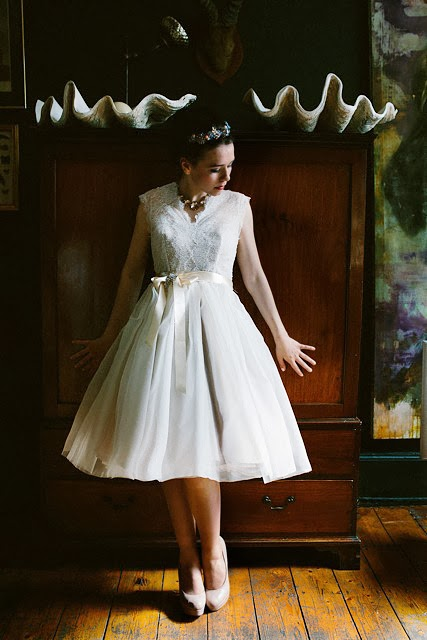 'CHANTILLY' 1950s vintage wedding dress design - swishy and pretty in Italian silk organza and lace