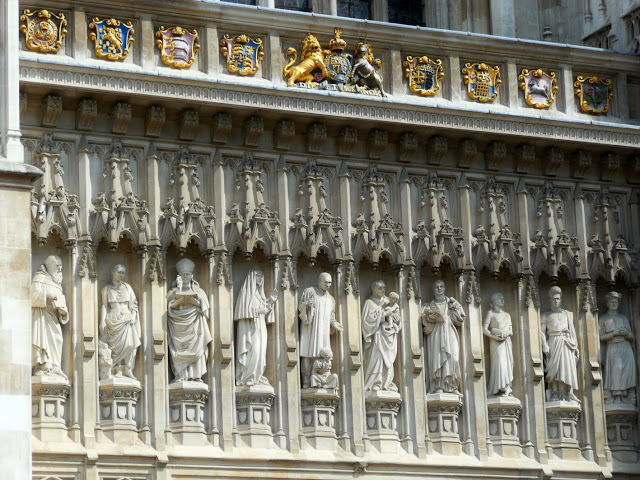 The 20th Century Martyrs standing guard over the archway