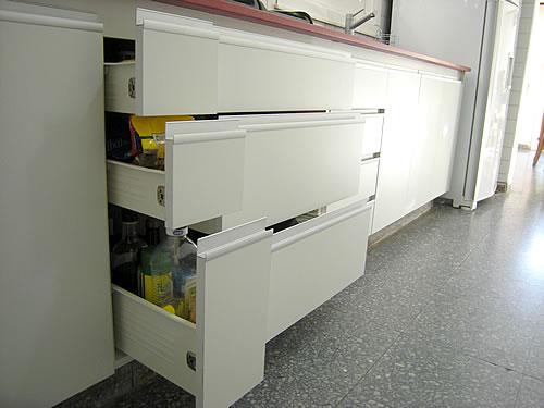Amobla tu cocina muebles de cocina for Severino muebles cocina alacena melamina blanca
