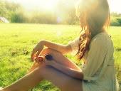 Lo que me jode es que a pesar del daño que me has hecho, no puedo evitar echarte de menos.