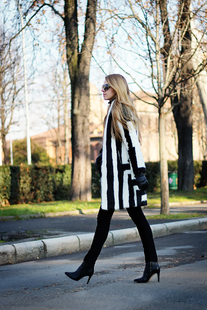 monochrome outfit, asos faux fur coat, black and white, fashion