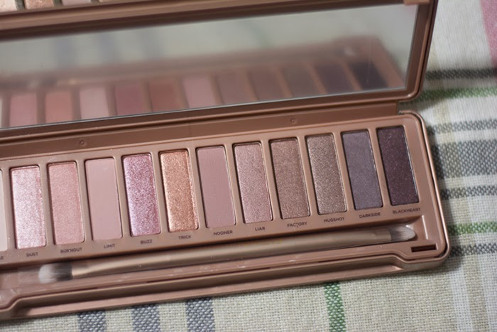 bentleyblonde urban decay naked 3 palette pictures. Black Bedroom Furniture Sets. Home Design Ideas