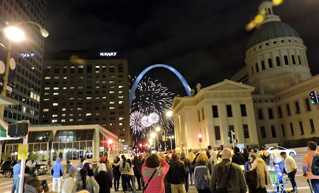 St. Louis fireworks, St.Louis Arch