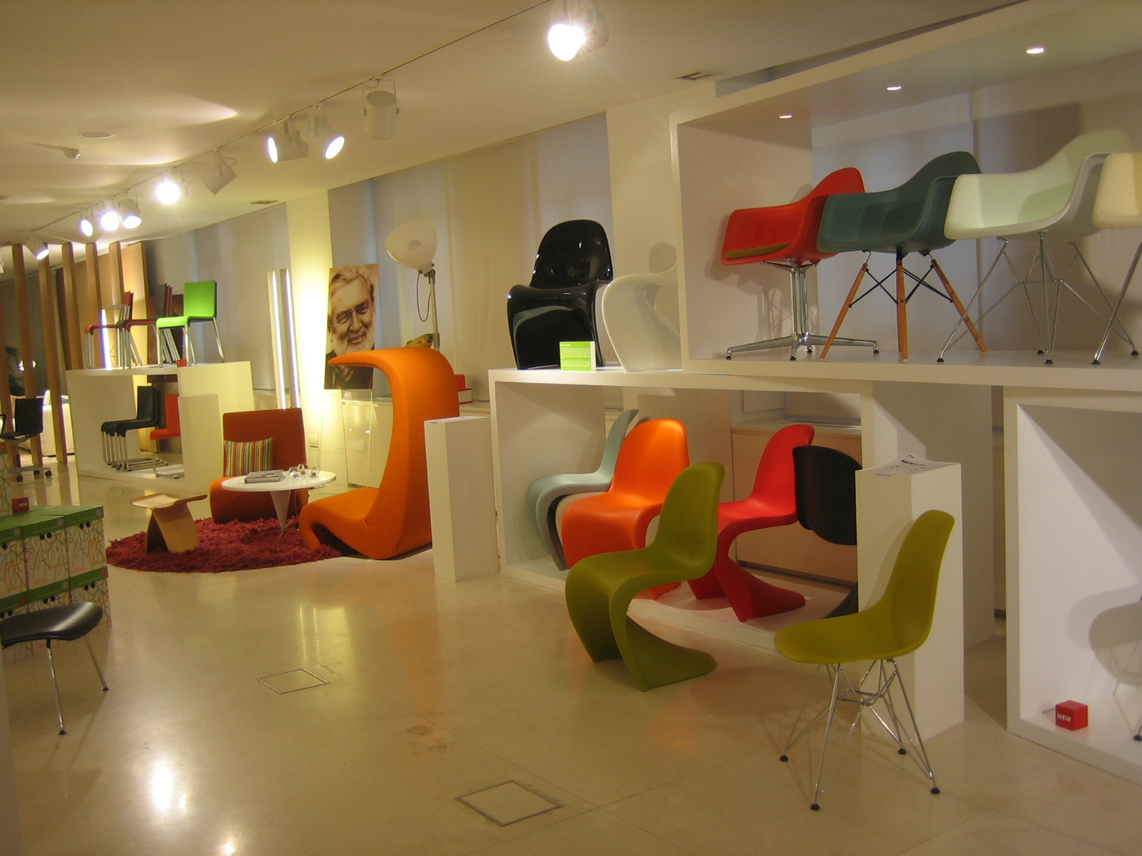 Styling In Slow: Showroom de muebles VITRA