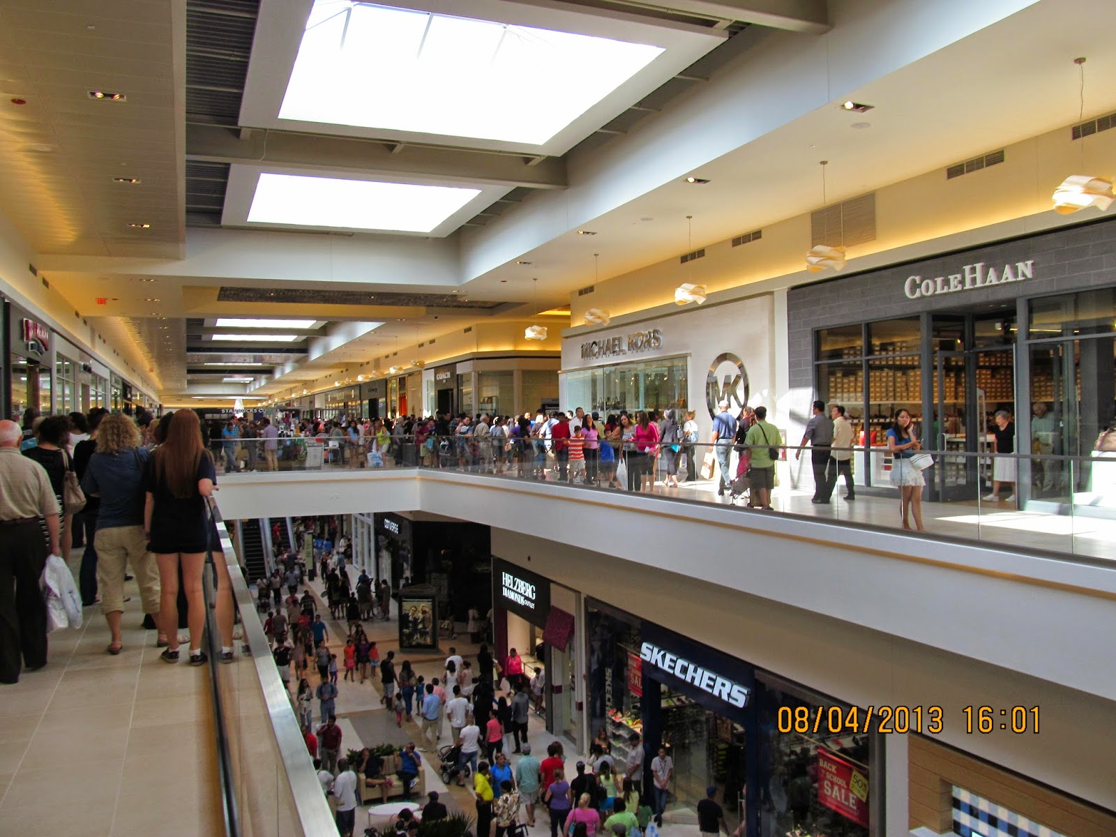 Fashion Outlets of Chicago - Official Site Fashion outlet of rosemont il