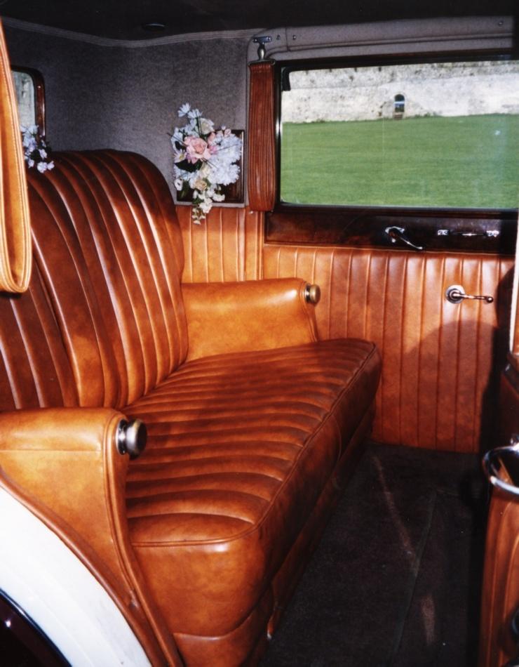vintage rolls royce interior cars n bikes. Black Bedroom Furniture Sets. Home Design Ideas
