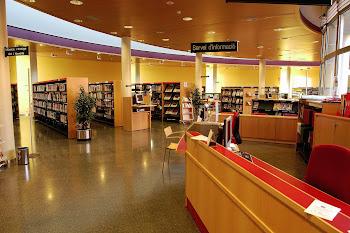 """La Biblioteca"""