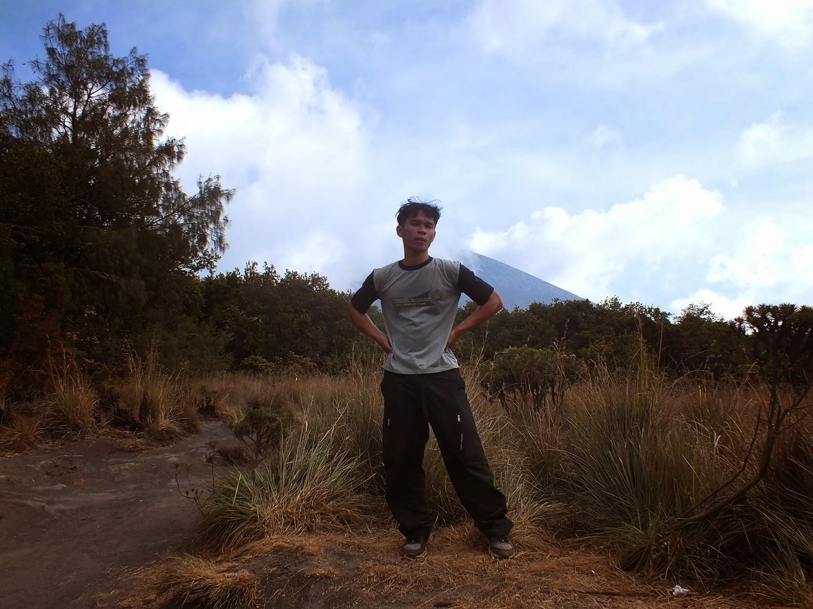 Pos Jambangan Gunung Mahameru