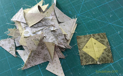 Allietare Bonnie Hunter Mystery Quilt 2015 - Bonus Triangles