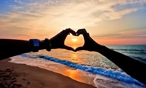 Cặp đôi lãng mạn bên bãi biển 3