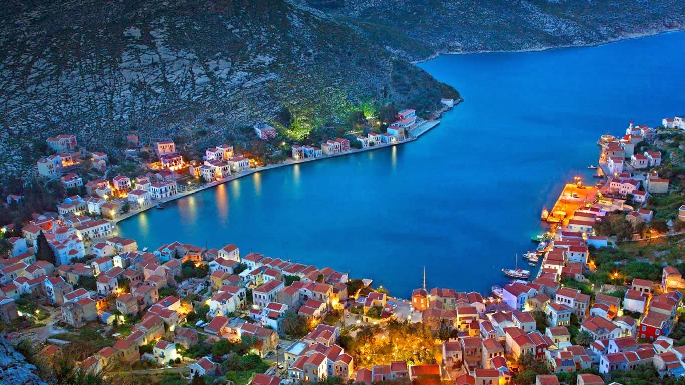 Kastellorizo Island, Greece (© Hercules Milas/Alamy) 368