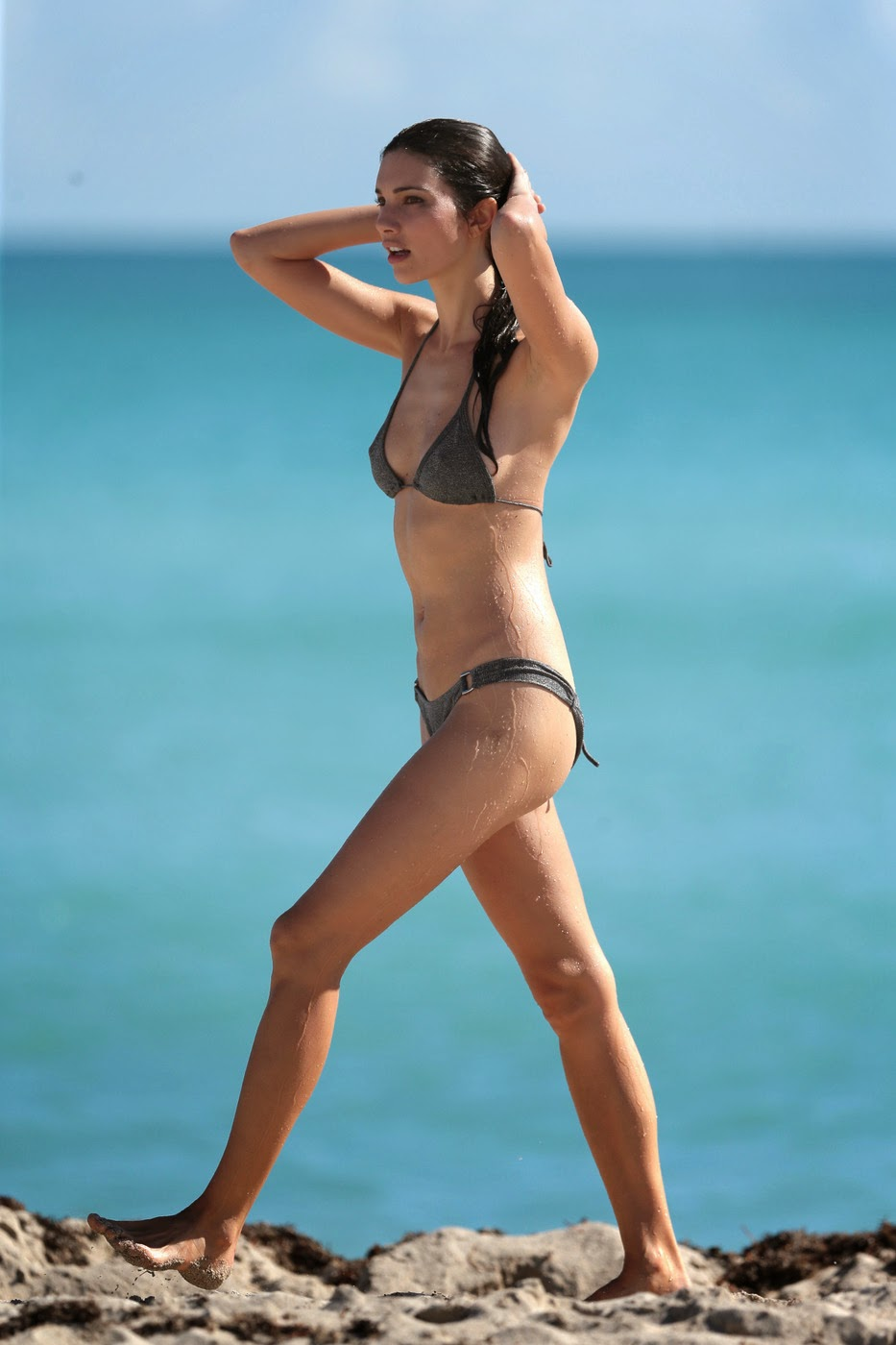 fashion model Teresa Moore bikini on the beach photo 8