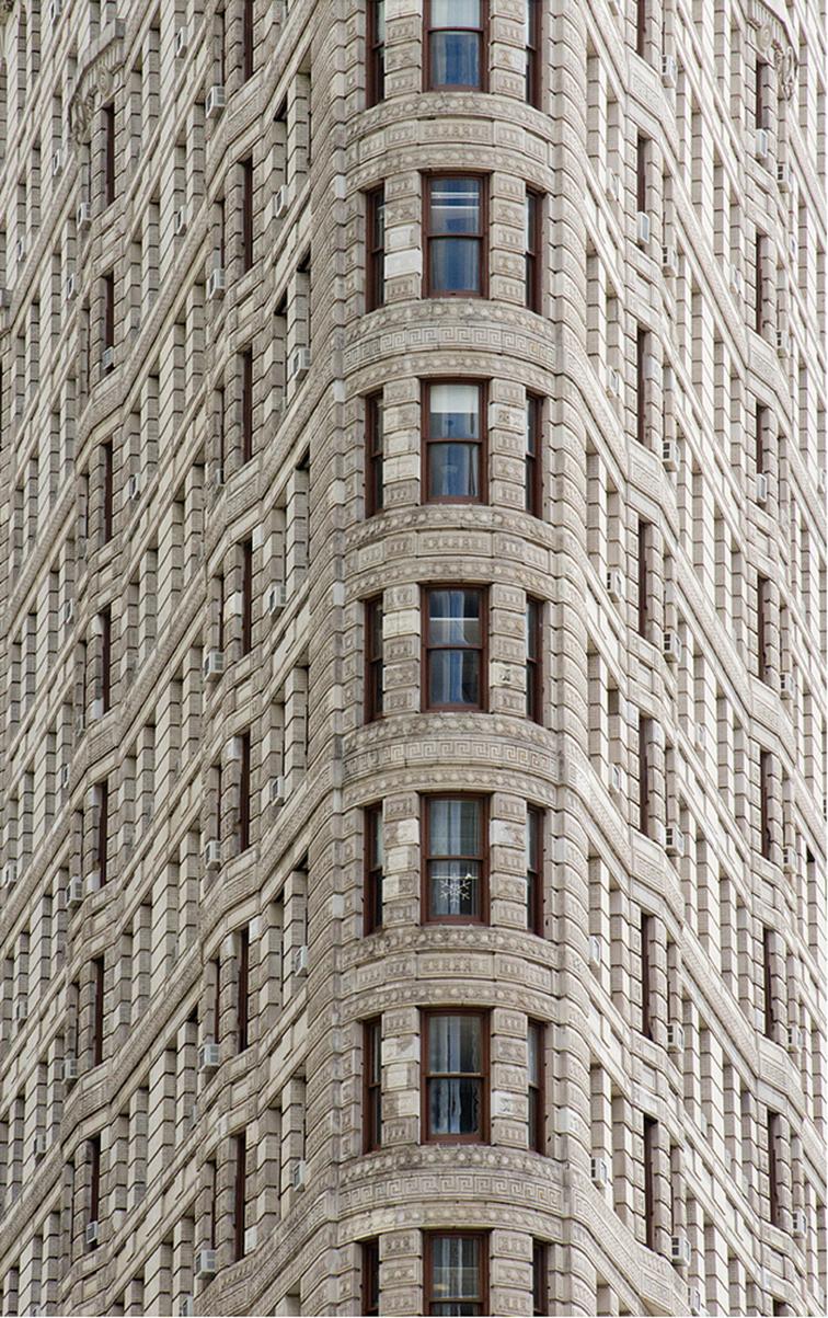 FLATIRON BUILDING NYC NEW YORK CITY CLOSEUP CONCRETE JUNGLE ICONIC BIG APPLE
