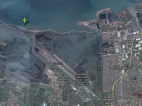 Foto Satelit Pantai tirang