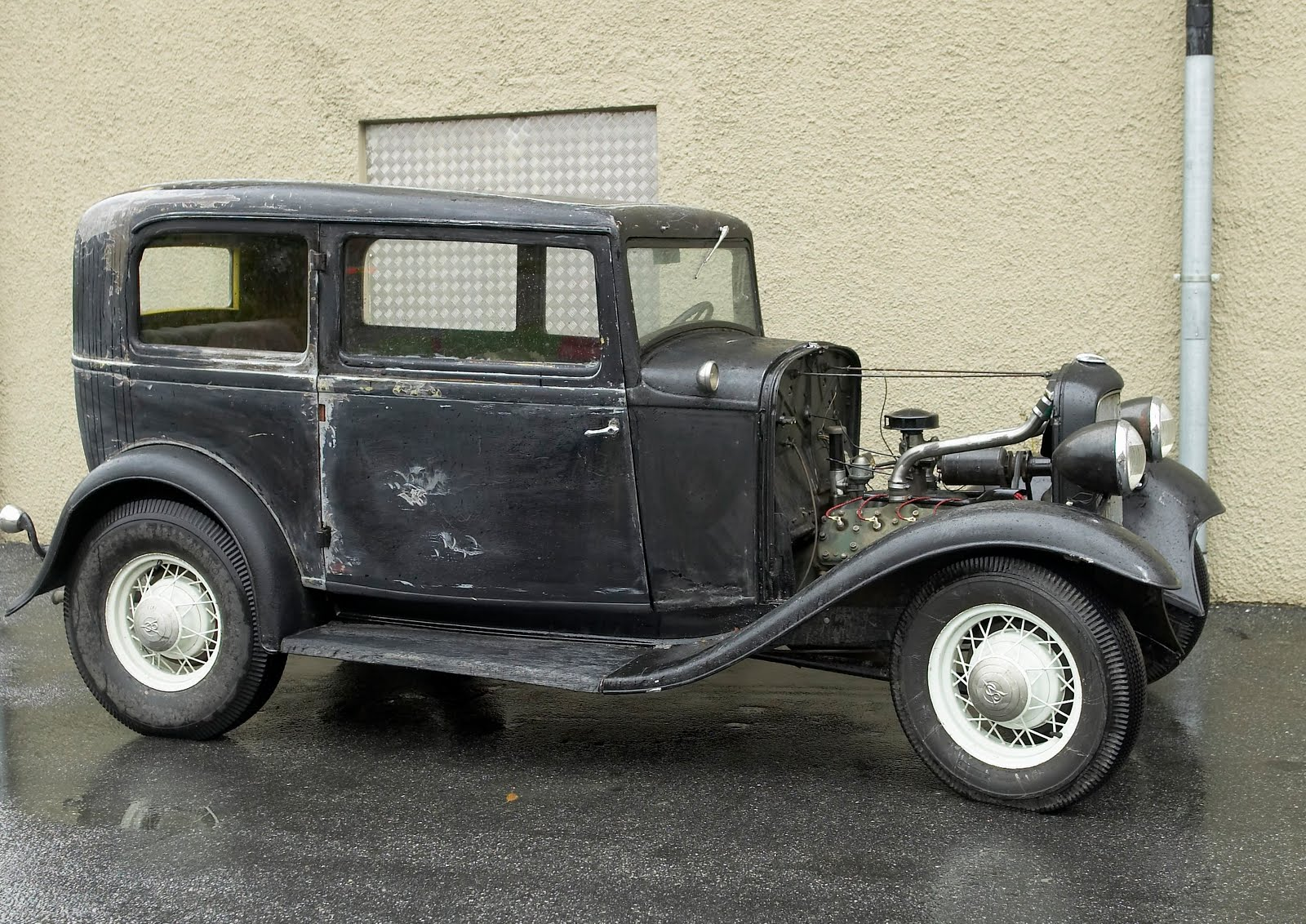 PLANET MOTHERFUCKERS: Ford 1932 tudor build in Denmark