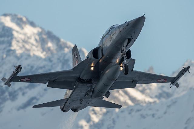 Swiss f-5 tiger takeoff