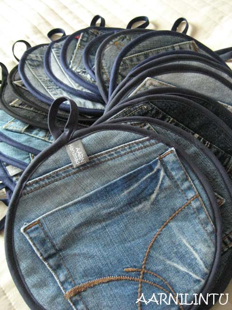 35 clever projects from old denim jeans handy diy for Old denim